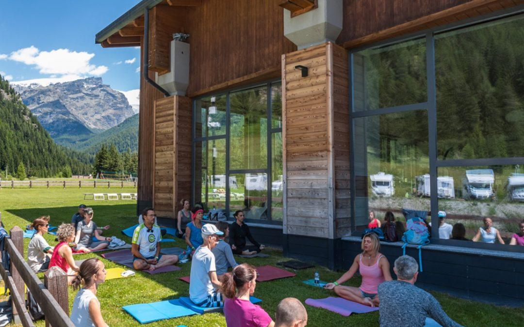 Mountain Yoga Day – Respiriamo nella Gioia